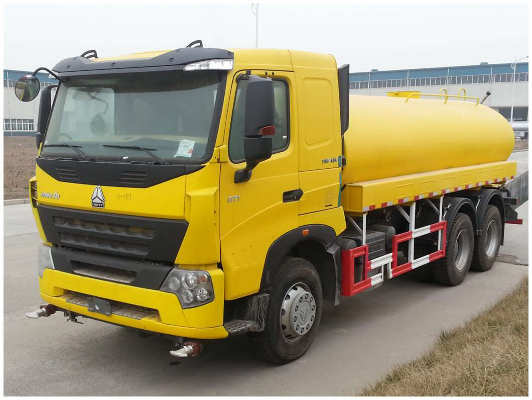 HOWO WATER TRUCK
