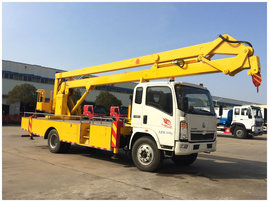 HOWO Overhead Working Truck